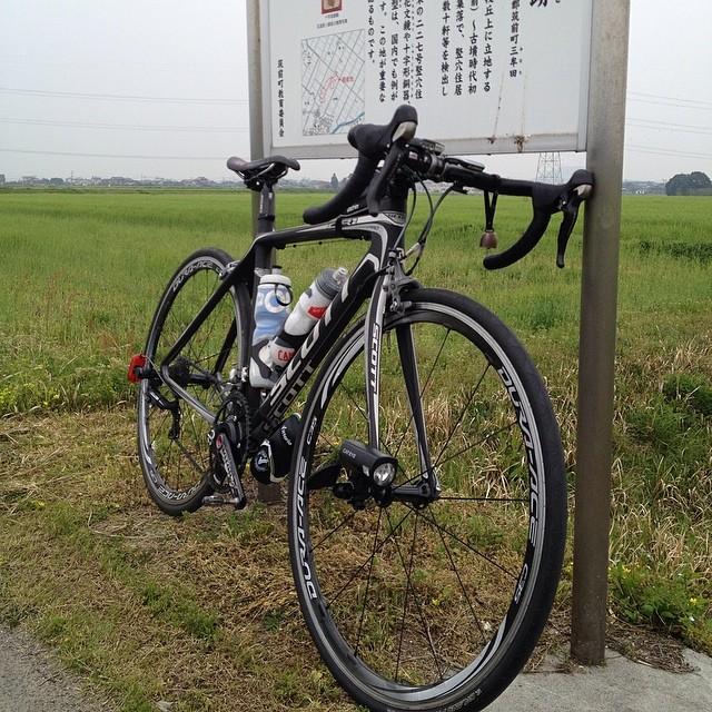 遺跡にて。#like #ロードバイク #イマソラ #空 #雲