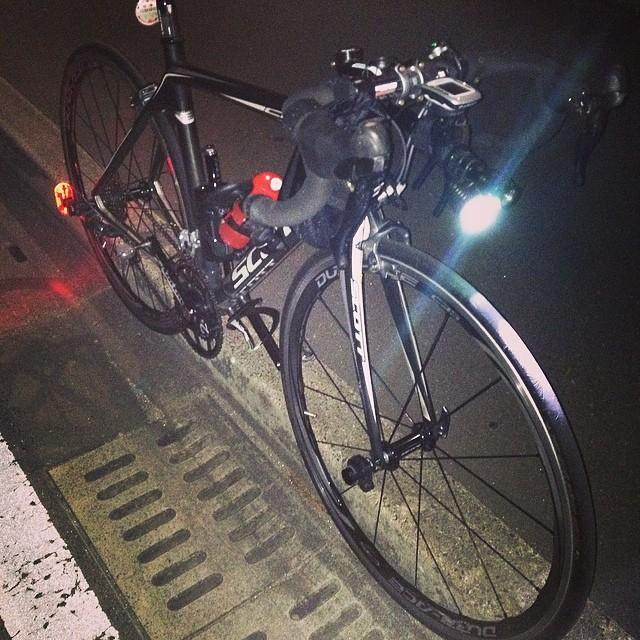中華ライトお試し #like #ロードバイク