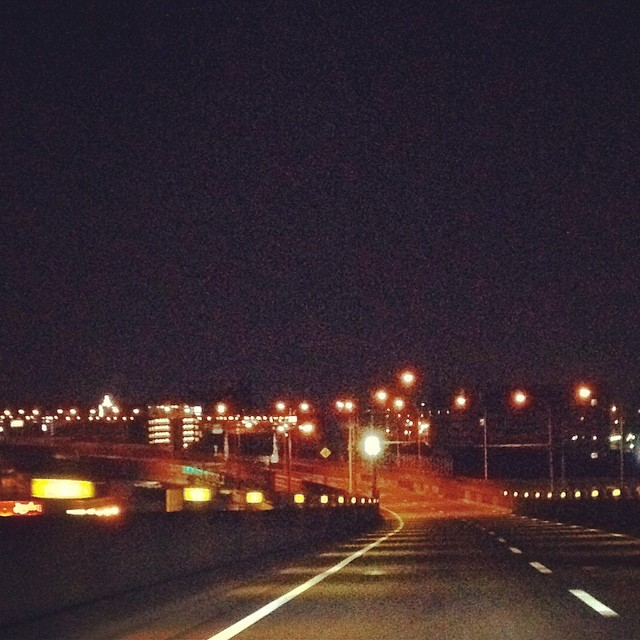 ガラガラの都市高速 #カコソラ #空 #雲 #like