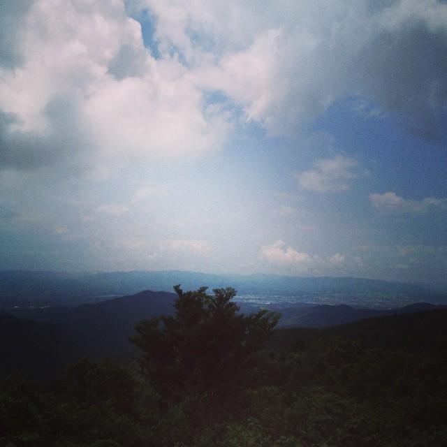 耳納平到着。全然平じゃないんですが #イマソラ #空 #雲 #like #sky