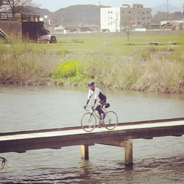 隊長通過 #like #ロードバイク