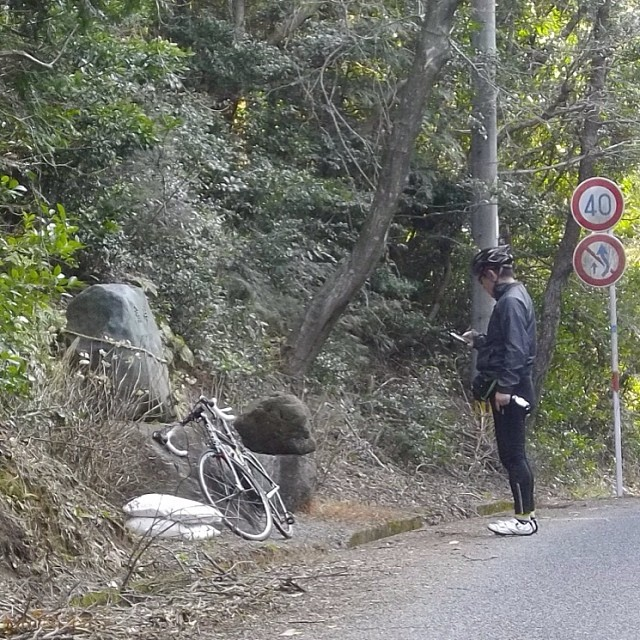 猫峠のウルマンさん #like #ロードバイク